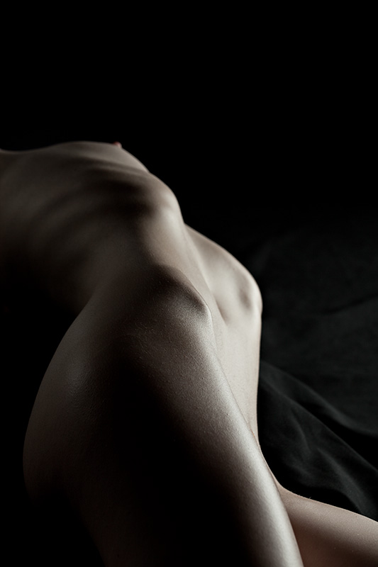 Ivory Flame model nude abstract bodyscape by photographer Eric Kellerman