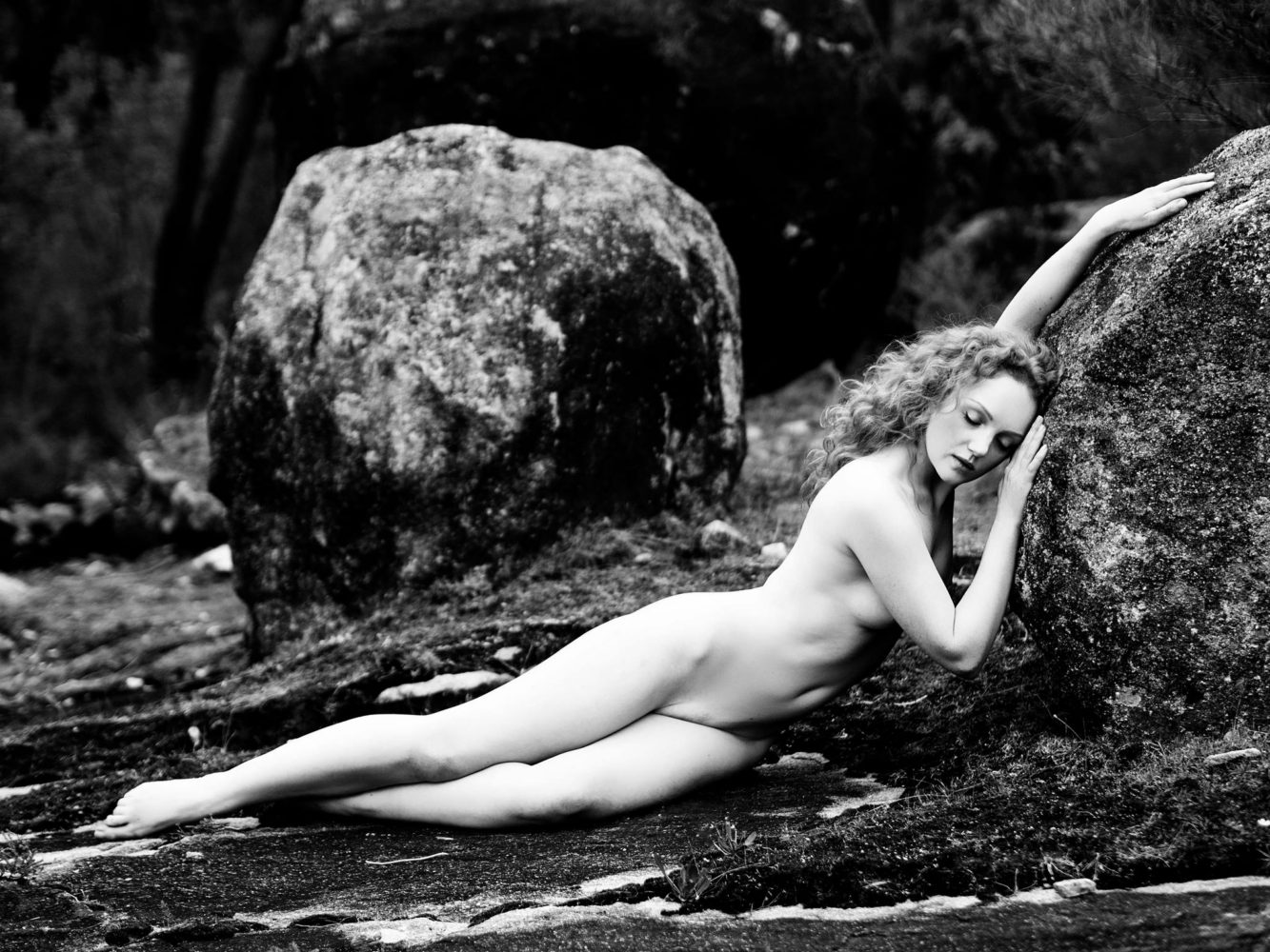 Nude art model Ivory Flame in nature