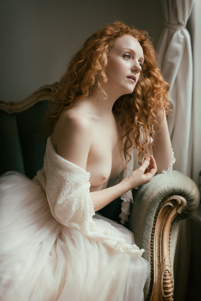 Ivory Flame nude model by Rob Ellis